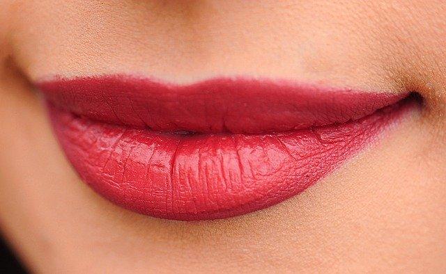 maquillage de lèvres