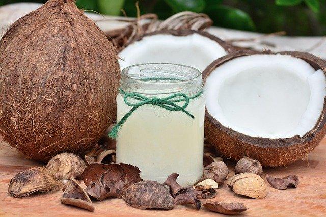 L'huile de coco: comment bénéficier des nombreuses vertus de cette huile?
