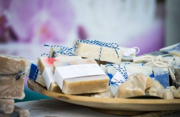 7 meilleurs conseils pour choisir le bon savon pour peau sensible